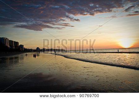 Beautiful clear sunset in Murcielago beach, Manta, Ecuador