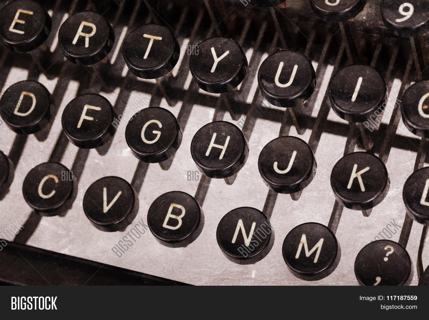 Old Typewriter Keyboard Image Photo Bigstock