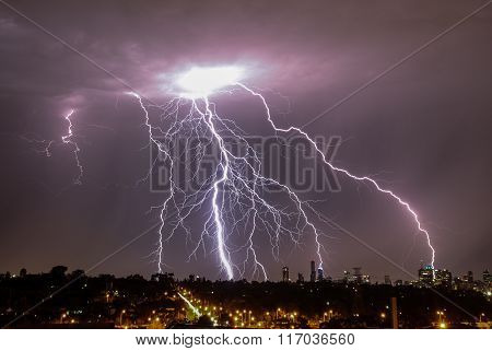 Lightning strikes over Melbourne city skyline