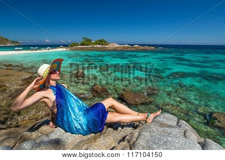 Sexy woman on tropical sea