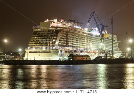Hamburg, Blohm And Voss Dock 17: Cruise Ship Norwegian Escape At Night