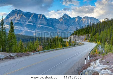 Icefields Parkway sunset view
