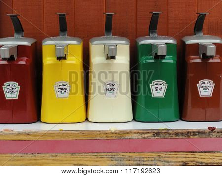 Heinz Dispenser Pack Condiments.