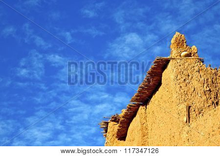 Africa   Histoycal Maroc    Construction  And The Blue Cloudy  Sky