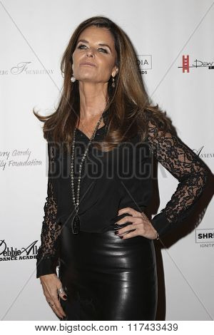 LOS ANGELES - FEB 4:  Maria Shriver at the Debbie Allen's Freeze Frame U.S. Premiere at the Wallis Annenberg Center for the Performing Arts on February 4, 2016 in Beverly Hills, CA