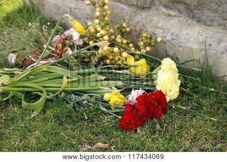 Gravesite Memorial Flowers