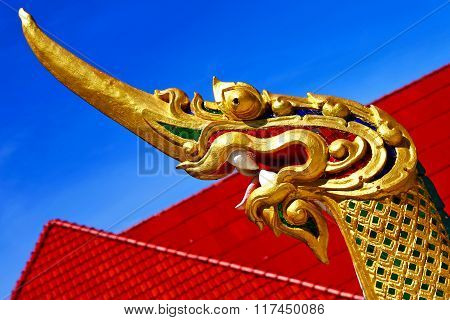 Thailand Abstract Cross Wood Drake Incision Roof Red  T
