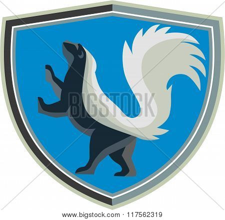 Skunk Prancing Side Crest Retro