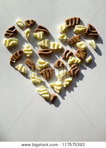 Hard Shadow Chocolate Fragment Heart