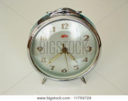 old windup clock