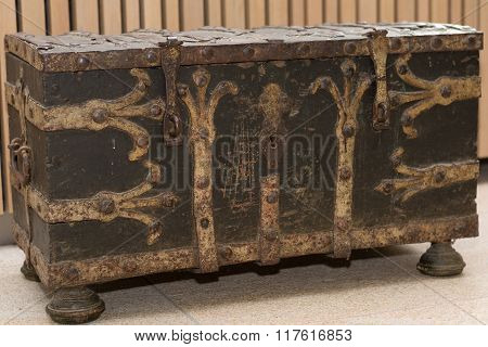 Brown Old Chest
