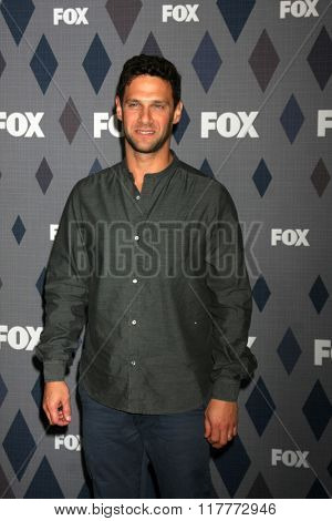 LOS ANGELES - JAN 15:  Justin Bartha at the FOX Winter TCA 2016 All-Star Party at the Langham Huntington Hotel on January 15, 2016 in Pasadena, CA