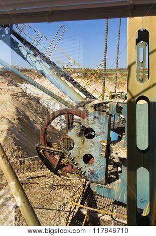 Mechanisms Large Dragline Excavator