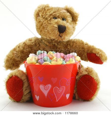 Valentine'S Day Bear With Candy Hearts