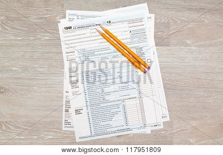 Pencils Laying On 2015 Irs Form 1040