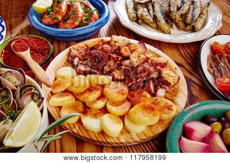Tapas Pulpo a Feira with octopus potatoes gallega style and paprika recipe from Spain