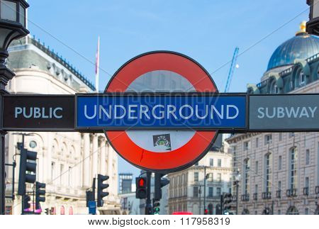 Underground sing, London