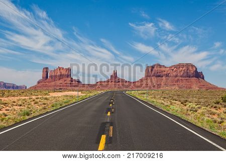 the highway leading into scenic monument valley