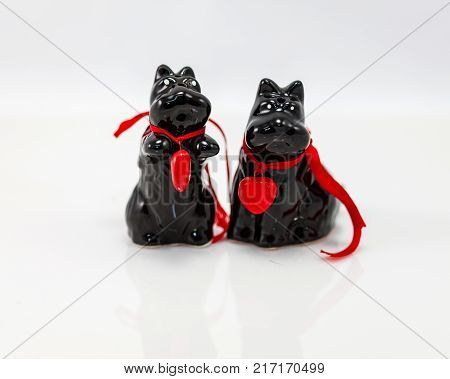 black Scottie Dog salt and peper shakers set