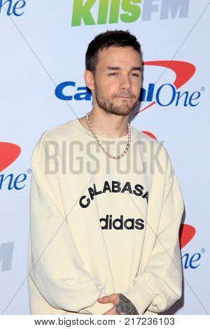LOS ANGELES - DEC 2:  Liam Payne at the Jingle Ball 2017 at the Forum on December 2, 2017 in Inglewood, CA