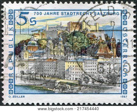 AUSTRIA - CIRCA 1987: A stamp printed in Austria devoted to the 700th Anniversary of Salzburg Town Charter circa 1987