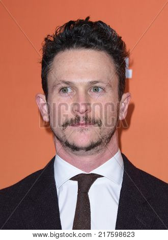 LOS ANGELES - DEC 03:  Jonathan Tucker arrives to the TrevorLive Los Angeles Gala on December 3, 2017 in Beverly Hills, CA