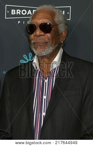 LOS ANGELES - DEC 7:  Morgan Freeman at the