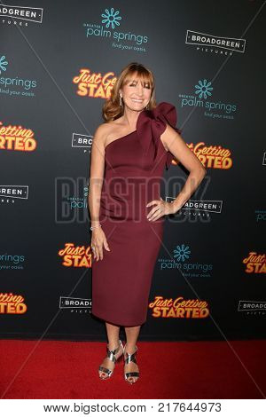 LOS ANGELES - DEC 7:  Jane Seymour at the