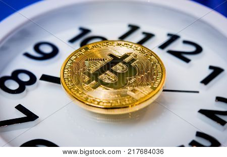 bitcoin coin currency virtual electronic gold investment