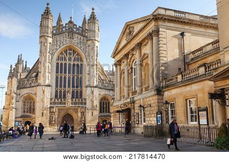 Bath Abbey. Ordinary People Walk On Square