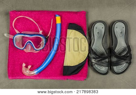 Basic equipment for beaches or swimming pool.