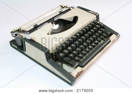 Old Typwriter - Sideview