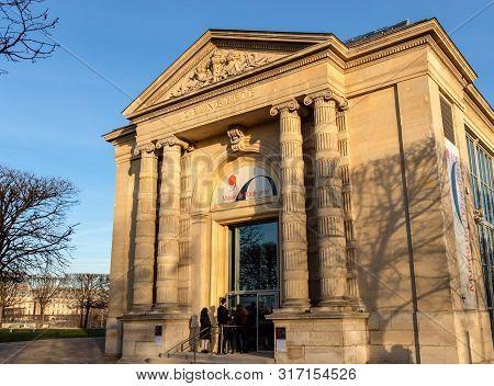 Paris, France, February 13, 2019: The Musee De Lorangerie Entrance. The Musee De Lorangerie Is An Ar