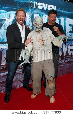 LOS ANGELES - AUG 12: Ian Ziering, Water Zombie, Paul Johansson at the Premiere Of SyFy's