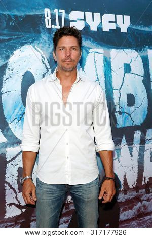 LOS ANGELES - AUG 12: Michael Trucco at the Premiere Of SyFy's