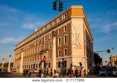 Rome, Italy - April, 2018: Beautiful Building At A Corner Of The Road Of The Conciliation In The Vat