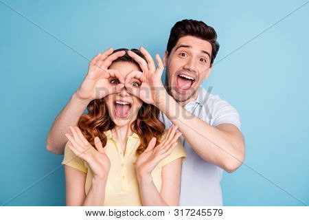 Photo Of Pair Excited Best Buddies Okey Symbol Eyes Specs Shape Unbelievable Novelty Wear Casual T-s
