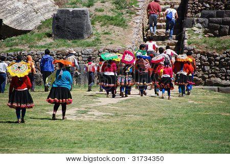 traditional Quechua Clothing