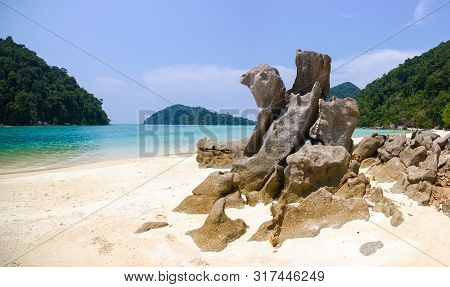 Surin Islands As A Tourist Destination Featured In The Beauty Under The Sea.  The Door To Greet Visi