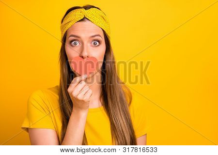 Close Up Photo Of Impressed Youth Hide Her Face With Paper Card Heart Dint Share News Isolated Over