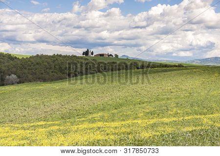 Chapel Near San Quirico D´orcia, Tuscany, Italy
