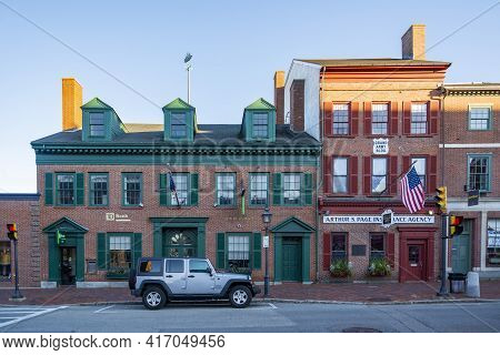 Newburyport, Usa - November 11, 2018: Newburyport Is A Small Coastal, Scenic, And Historic City In E
