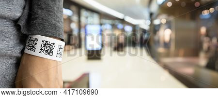 Negative Coronavirus Pcr Test Qr Code Armband For Shopping