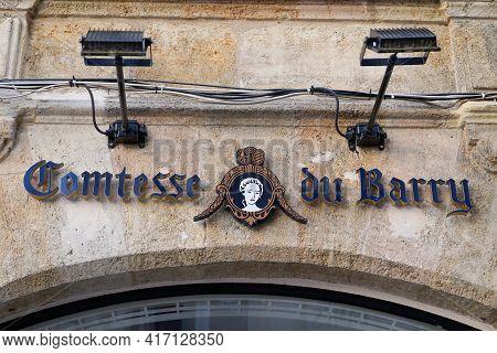 Bordeaux , Aquitaine France - 04 12 2021 : Comtesse Du Barry Sign Logo And Text Brand Front Of Shop