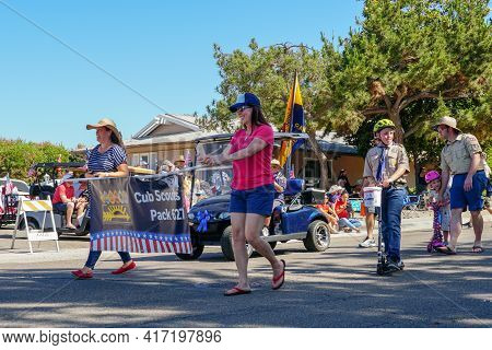Club Scouts With American Flag Parading At The 4th Of July Independence Day Parade In Rancho Bernard