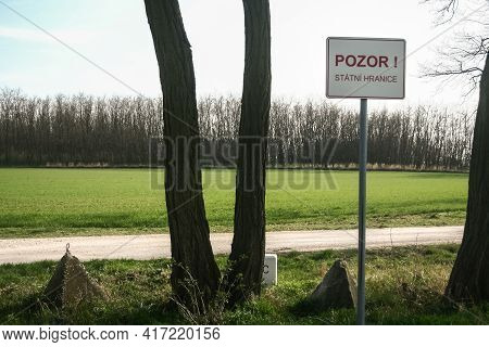 Roadsign Indicating Pozor Statni Hranice, Meaning In Czech Attention State Border At Border With Aus