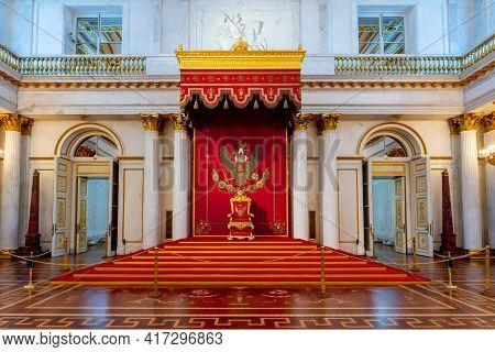 Saint Petersburg, Russia - April 2021: Large Throne Hall (st. George Hall) Of Winter Palace (hermita