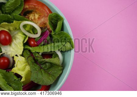 Lettuce, Sliced Onion, Red Cherry Tomatoes, Romaine Or Cos Lettuce And Swiss Chard In Main Ingredien