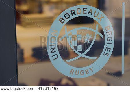 Bordeaux , Aquitaine France - 04 12 2021 : Ubb Rugby Union Bordeaux Begles Logo Brand Store And Text