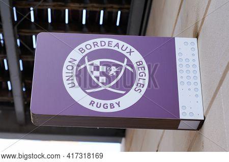 Bordeaux , Aquitaine France - 04 12 2021 : Ubb Union Bordeaux Begles Rugby Club Shop Logo Brand And